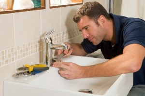 7 Tips to Saving Money on Home Plumbing Repairs