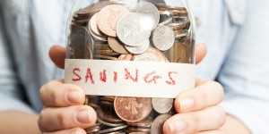 4 Ways to Save Money on Regular Monthly Expenses