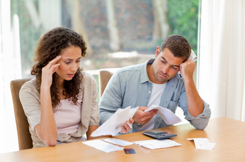 Six Financial Issues That Can Turn Into Big Problems For Your Family