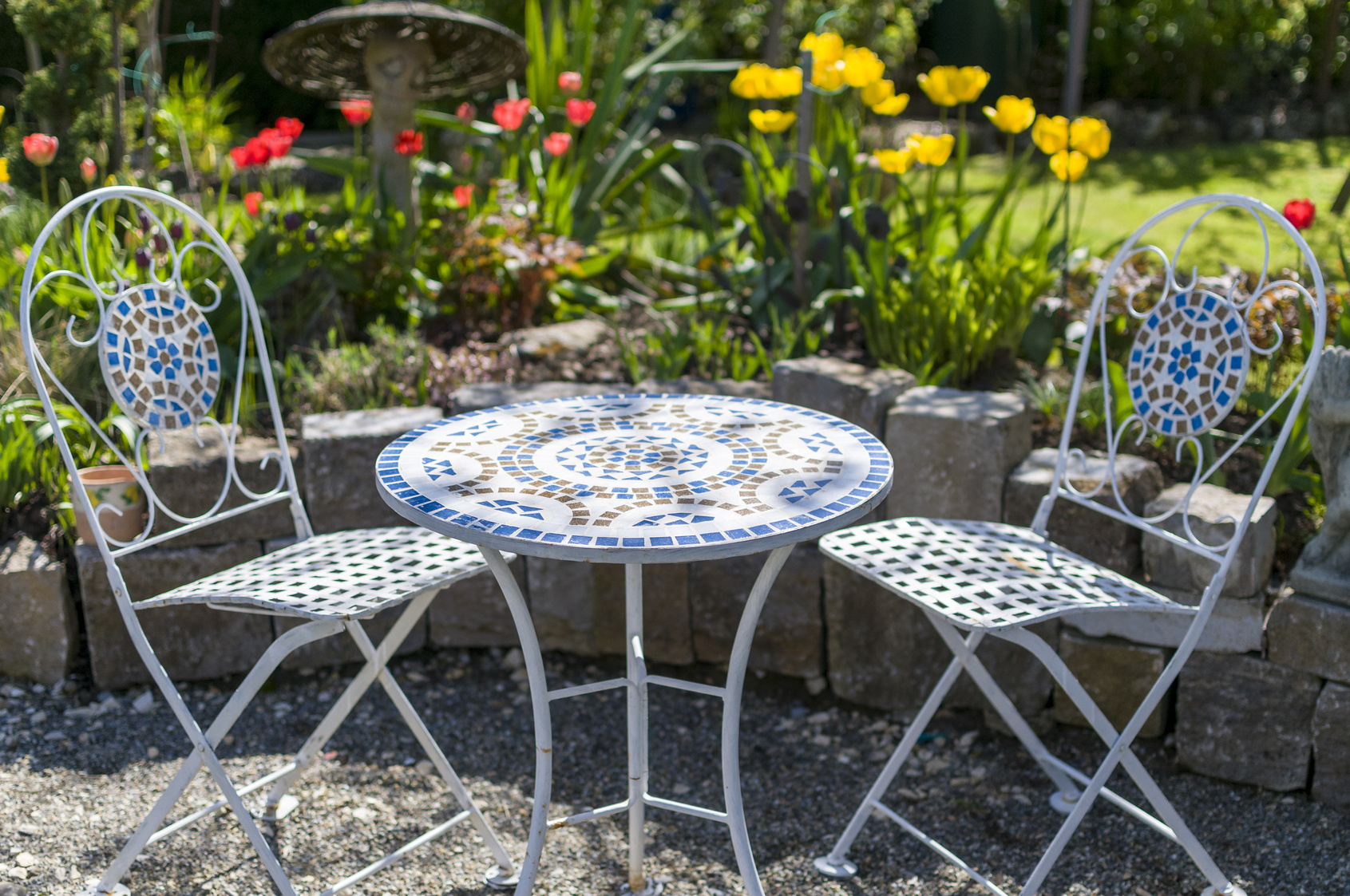 outdoor feng shui for your backyard that you can afford