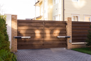 Home Security Things To Keep In Mind When Choosing An Automatic Fence Gate