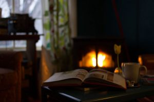 4 Ways to Save on Your Heating Bill While Staying Cozy Warm