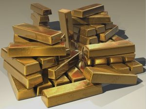 The Cost of Investing in Gold: Pros and Cons of This Popular Metal