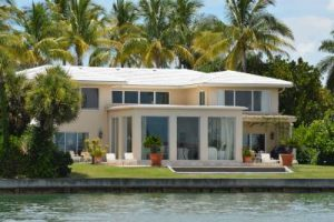 What to Know About Buying Waterfront Property