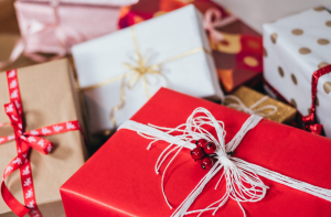 5 Online Holiday Shopping Tips That Everyone Needs to Know