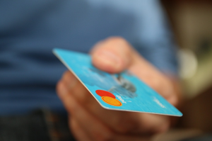 How to Manage Your Credit Cards and Debt Responsibly