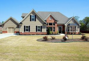 How to Manage Your Money When Buying a Home